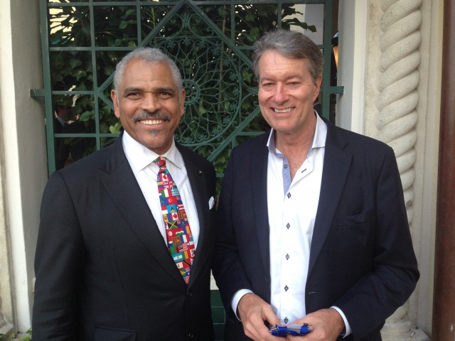 Arnold Donald, CEO of Carnival Corporation, and Ralph Grizzle at last year's Cruise Shipping Miami