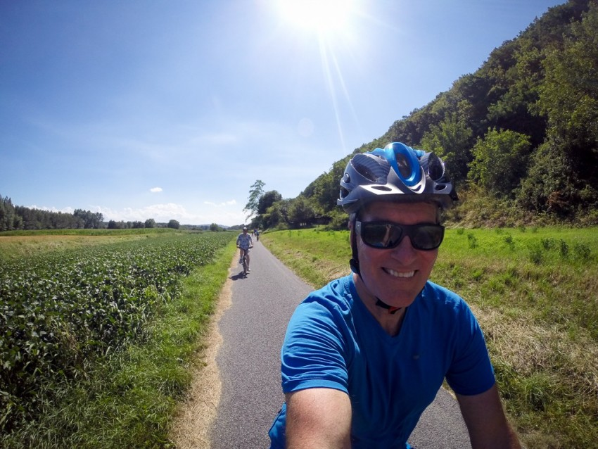 Making our way through the Wachau Valley. © 2015 Ralph Grizzle
