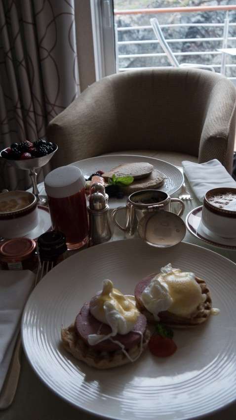 The day begins with breakfast in our suite. © 2015 Ralph Grizzle