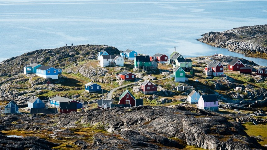 The tiny town of Itilleq. © 2015 Ralph Grizzle