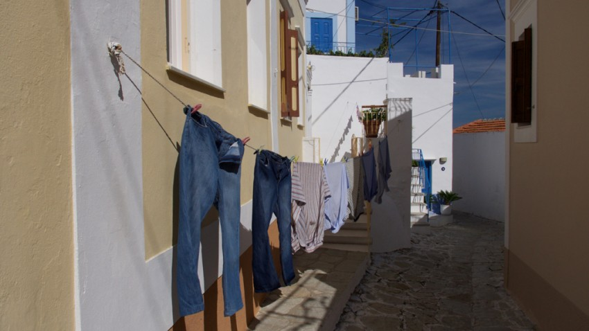 What is it with laundry put out to dry?