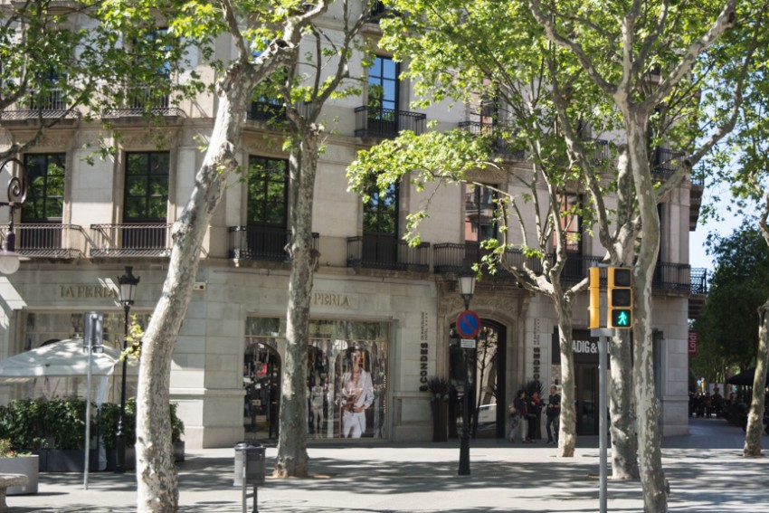 The Hotel Condes de Barcelona, nestled comfortably on Passage de Gracia.