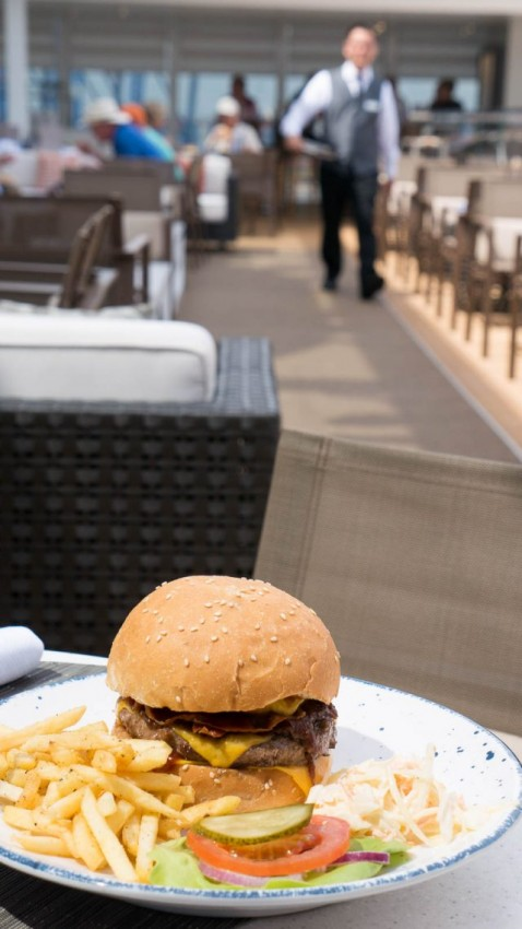 Viking caters largely to North American tastes. The wide selection of burgers offered at the Pool Grill are but one example.