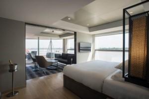 royal-panorama-suite-2_24399882450_o-640x427